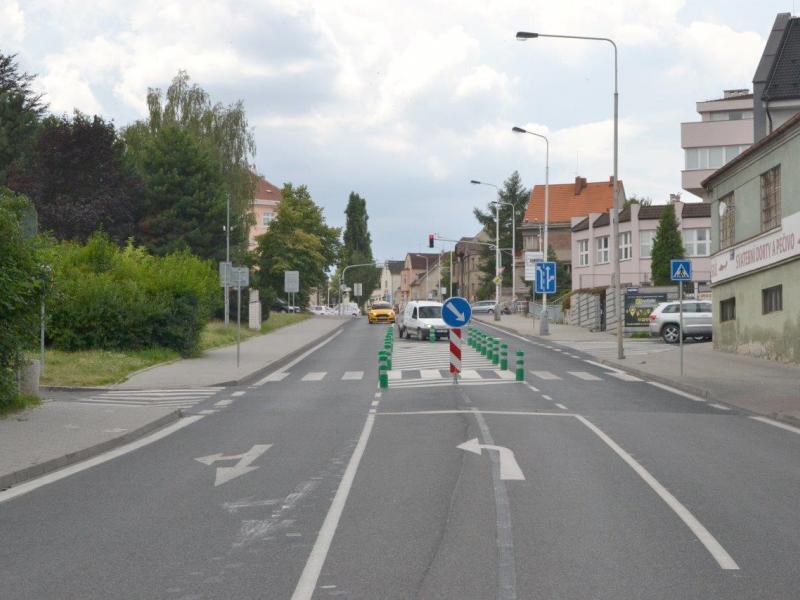 Nové bezpečnostní prvky a vodorovné dopravní značení