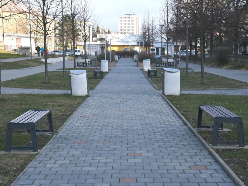 Podzemní kontejnery a další úpravy na Václaváku v Kladně