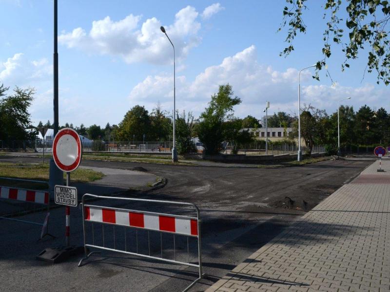 Ulice Studentská - rekonstrukce povrchu vozovky